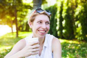 bevanda latte ragazza natura