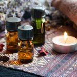 Oli essenziali, curarsi con l'aromaterapia